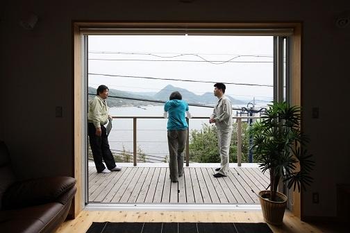 海を眺める家2