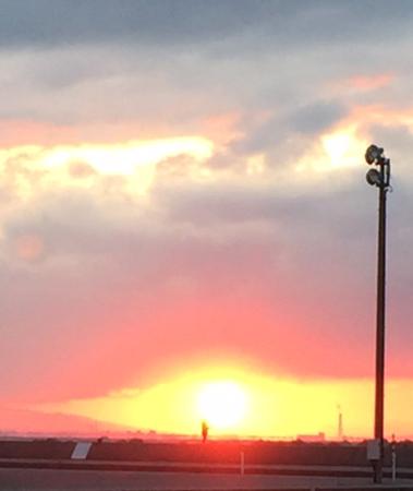 富山湾に沈む夕陽
