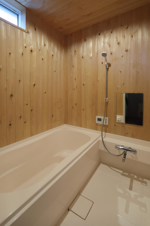 木のお風呂.jpg