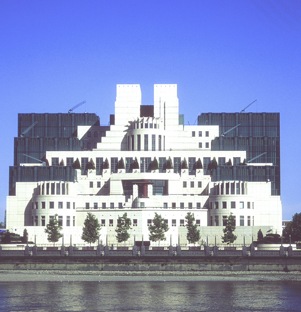 MI6 Building, Vauxhall. London. 1999_LP.jpg