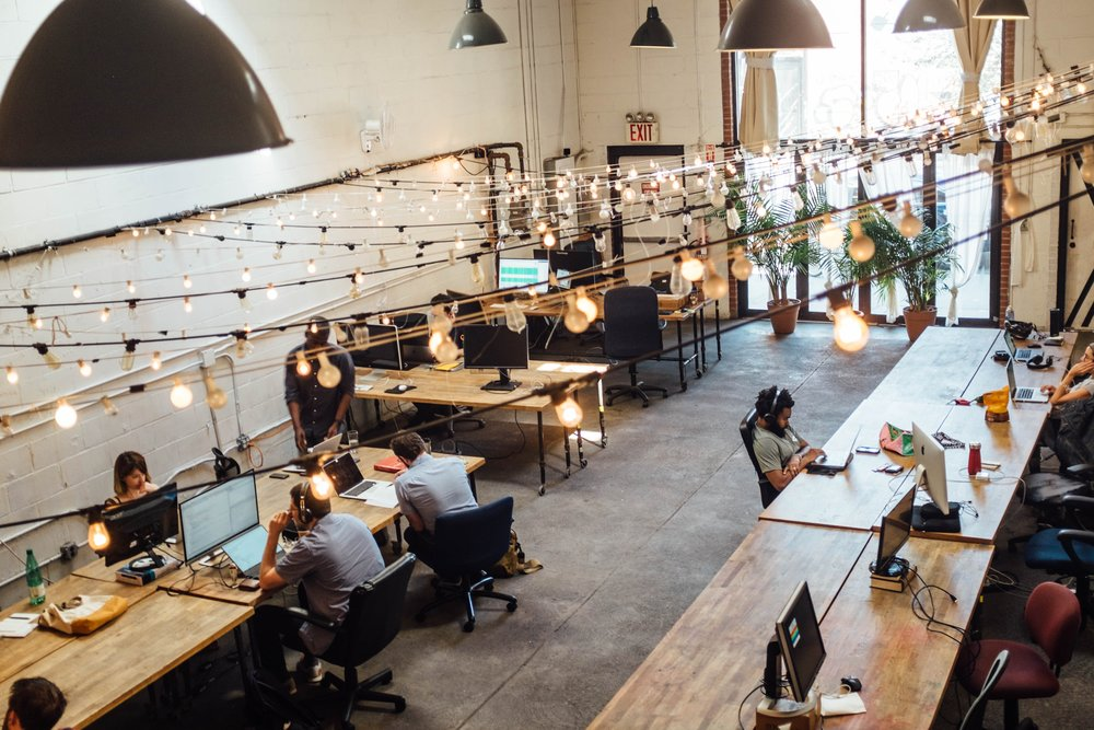 COMMERCIAL COWORKING OFFICE DESIGN