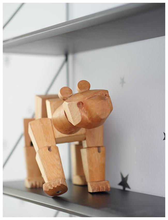 Cuckoo boys room shelf detail.jpg