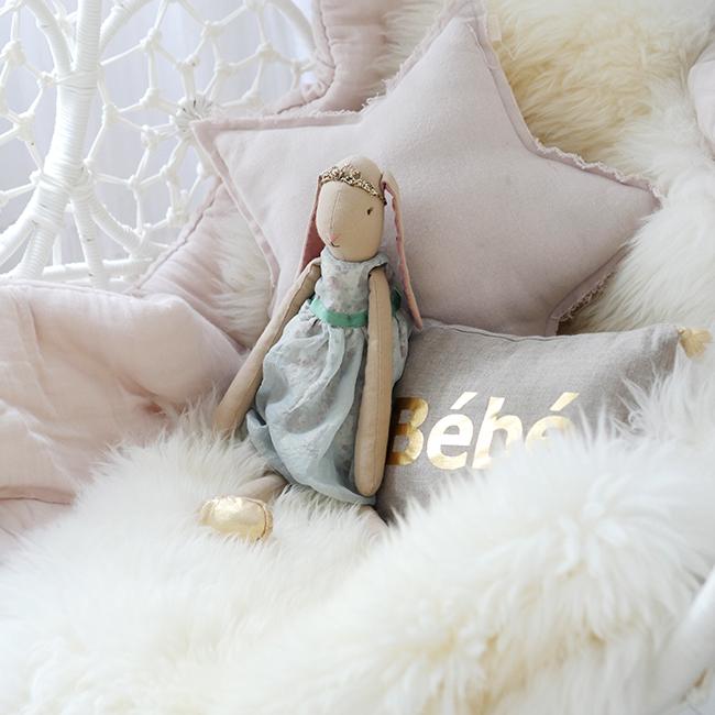 Cuckoo Little Lifestyle bunny.jpg