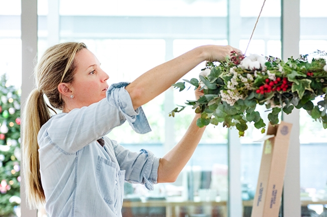 Hanging the Christmas Wreath-1.jpg