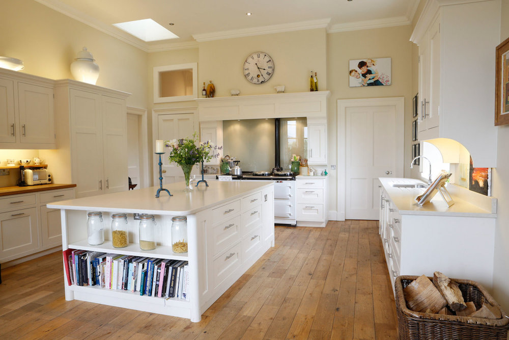 Light, stunning countryside kitchen