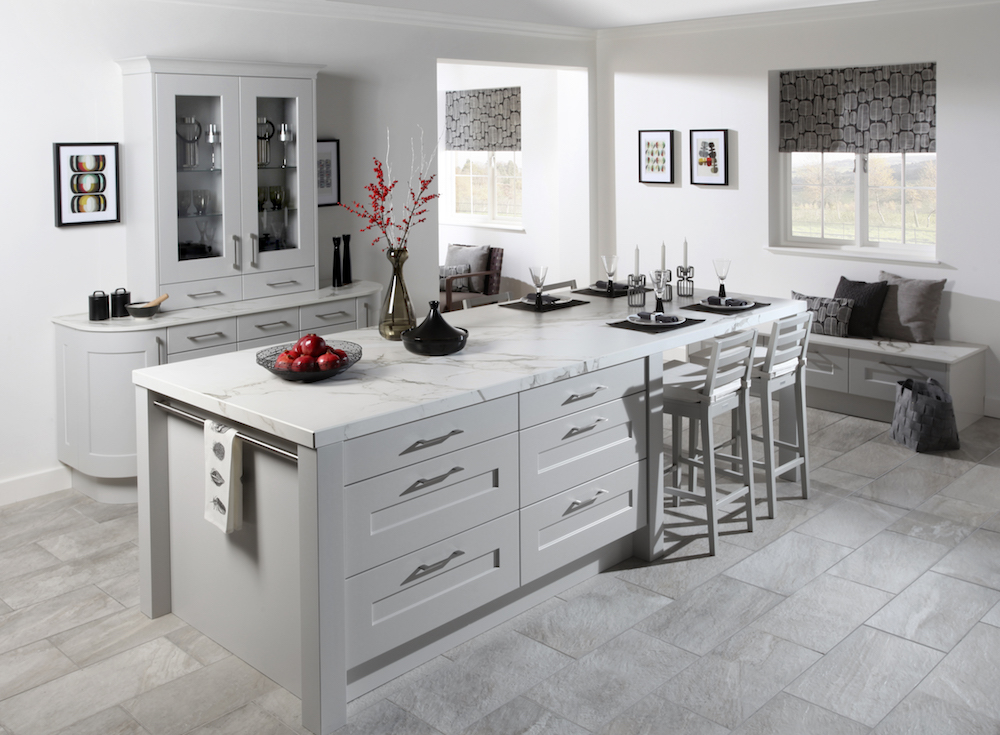 Beautiful White Fitted Kitchen