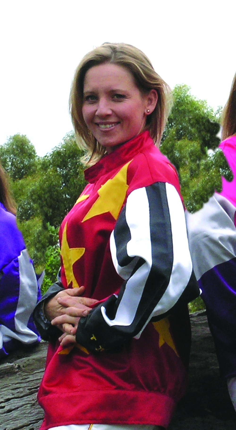 Image courtesy National Trotguide - Lisa at an interstate lady drivers challenge.