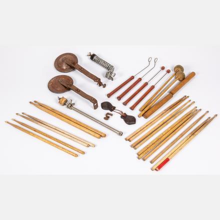 vintage-slingerland-drum-sticks.jpg