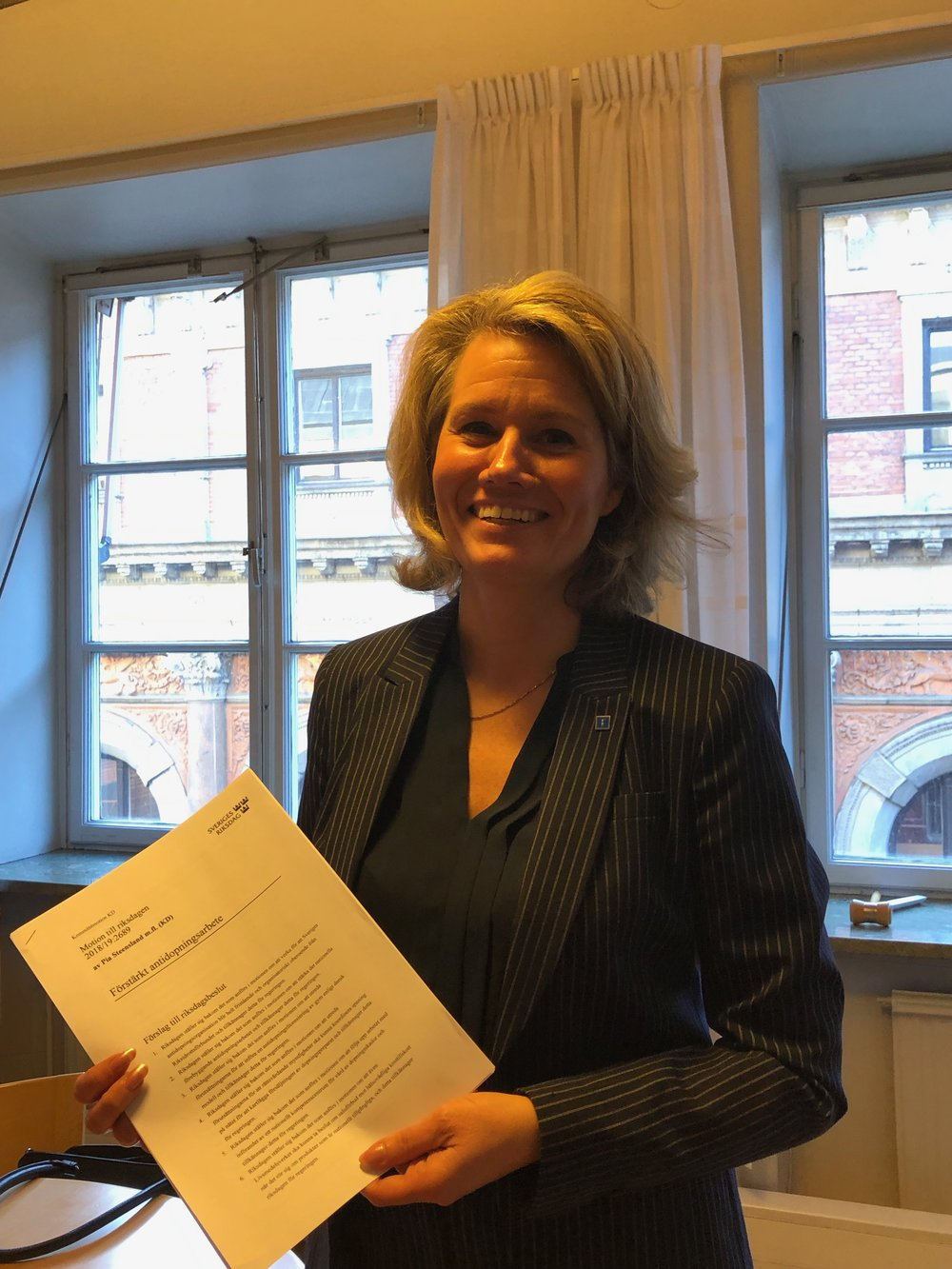 Pia Steensland, kristdemokratisk Riksdagskvinna, håller i den kommitémotion hon tagit initiativet till. Motionen, som spänner brett över dopningsproblematiken, ska upp i Riksdagen senare i vår.