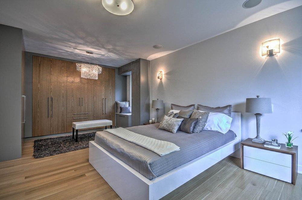 Master Bedroom Pic 2.jpg