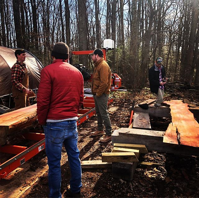 Some friends came out to the farm and helped us mill some cedar on this fine Saturday  @brandywinewoodwork @dobro_mike * * * #localwood #localslabs #liveedgewood #liveedgetable #diy #buylocal #rva #makersgonnamake #woodworking #farmhousestyle #woodslab #hardwood #woodtable #woodbench #woodmizer #housegoals