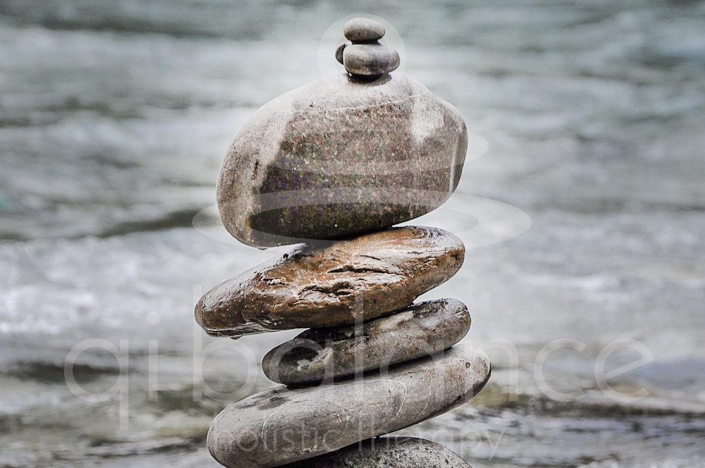 Qi (chi) balance - Qi (chi) είναιη κινέζικη ονομασία της ζωτικής μας ενέργειας. Σύμφωνα με την παραδοσιακή κινέζικη ιατρική το Qi πρέπει να κινείται αδιάκοπα και ανεμπόδιστα μέσα στο σώμα μας ώστε να διατηρεί την ισορροπία στις λειτουργίες του σώματος, του νου και του συναισθήματος.Έτσι επιτυγχάνεται η καλή υγεία και η μακροζωία.Για να κινείται συνεχώς και ελεύθερα το Qi, χρειάζεται να είναι σε ισορροπία οι δύο αντίθετες αλλά συμπληρωματικές συμπαντικές δυνάμεις: το Yin(γιν) και το Yang (γιάνγκ)Mέσα από τις διάφορες θεραπευτικές τέχνες που ασκούμε στο θεραπευτικό μας κέντρο