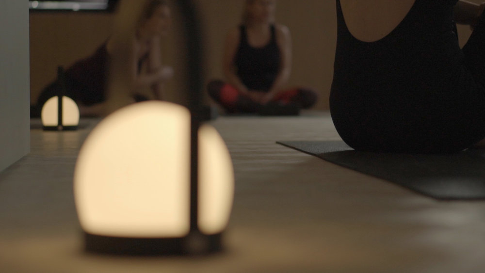 HATHA YOGA - Traditioneel en rustig opbouwendIdeaal voor beginners of 50+