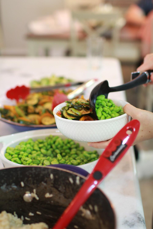 ThatVeganWife-Family-Dinner-Farmhouse.JPG
