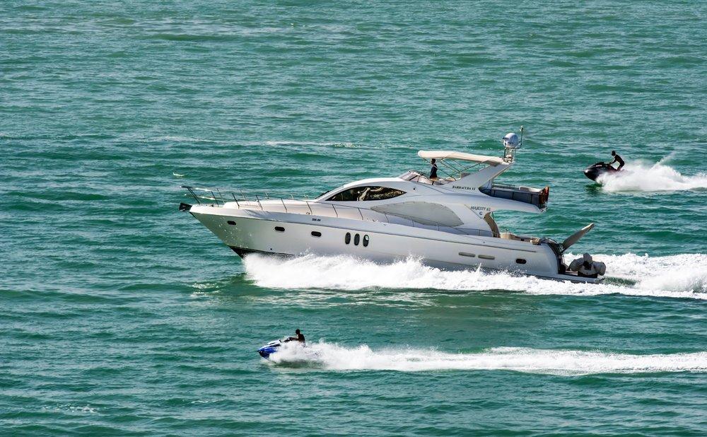 action-boat-jetski-625418.jpg
