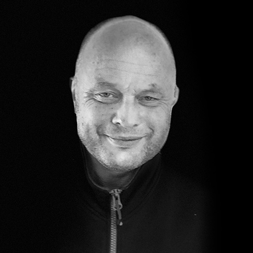 Peter Lind - Rörläggarepeter.lind@byggtjanstilerum.se031-380 25 62