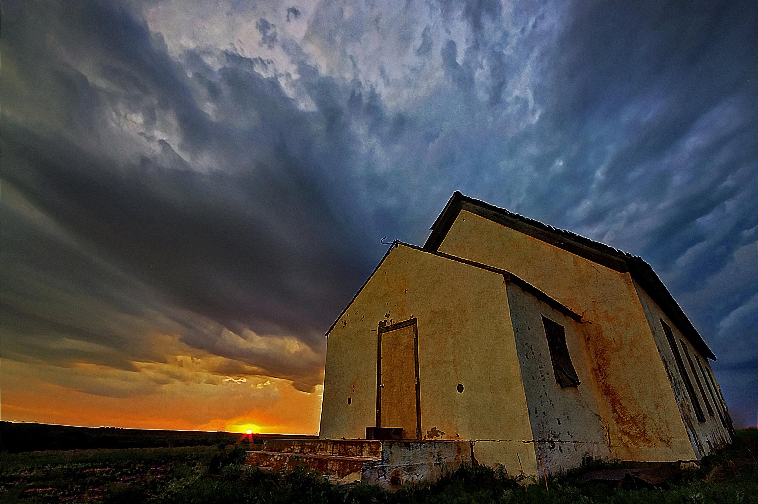 Comfortable End Sunset Buffalo Oklahoma