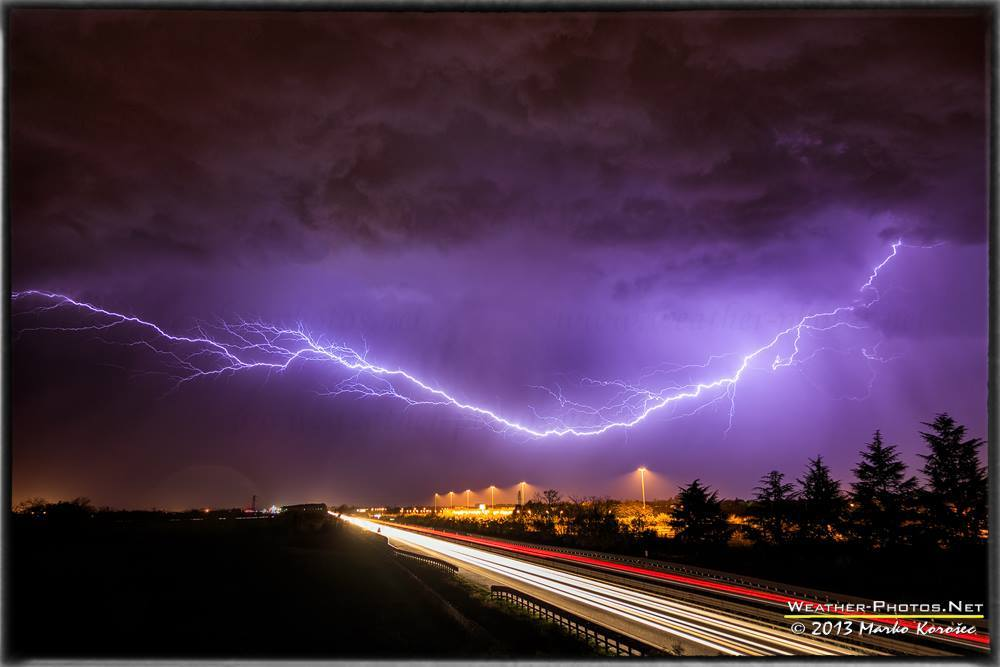 An anvil crawler lightning over highway in NE Italy on Nov 9th, 2013.