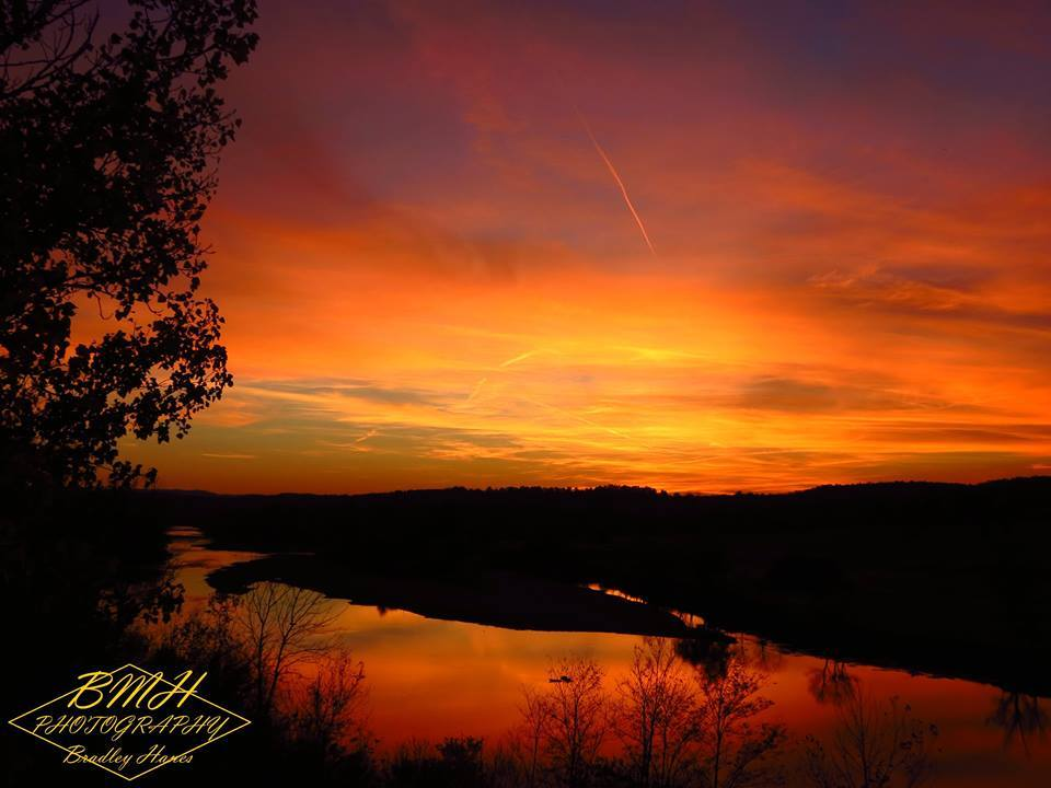 This is one of two of my sunset spots where I always go to photograph sunsets this was taken back in 2012. Photographer: Bradley Hanes  Company: BMH Photography  Date: 5-11-12 Location: Cotter, AR