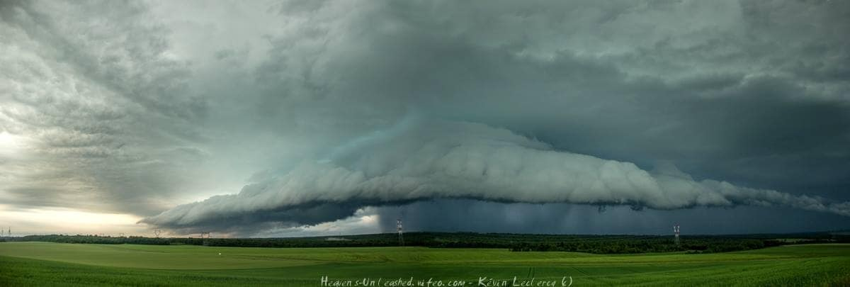 A powerful storm approach Gondrecourt (55) - North east France. 2cm hail and wind damage were see in this storm