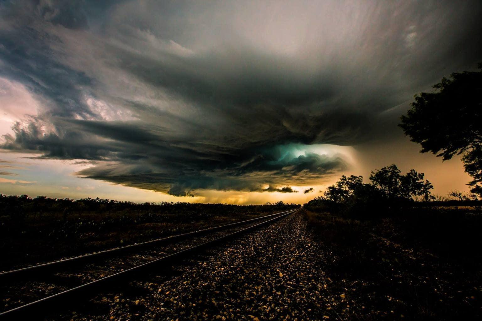 Storm Chasing May 2013 Texas