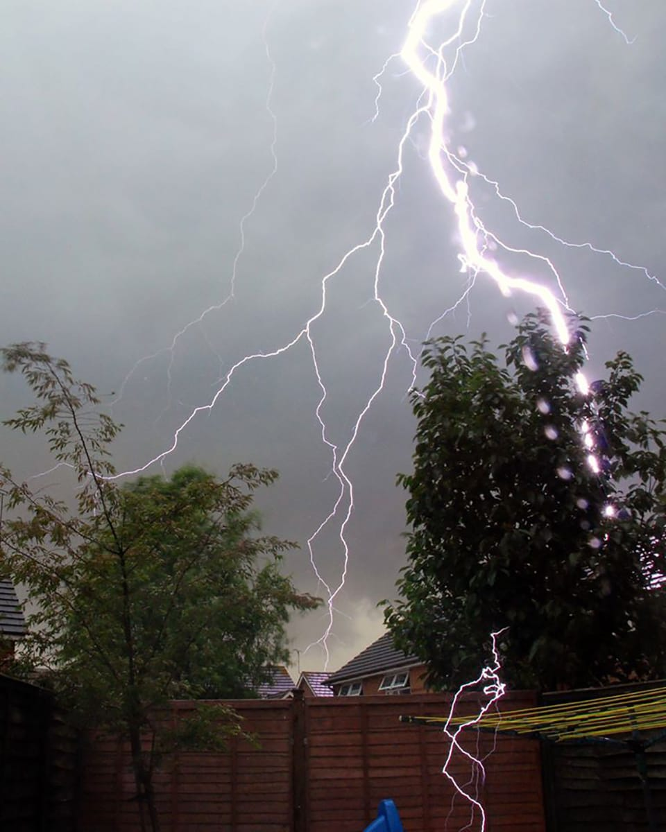 Snapped this from my back garden in Farnborough a while ago now. Badly composed I know I just rested my camera on a pile of books dialed in a long exposure and then I strike hit about 30ft from me..  I screamed like a girl.