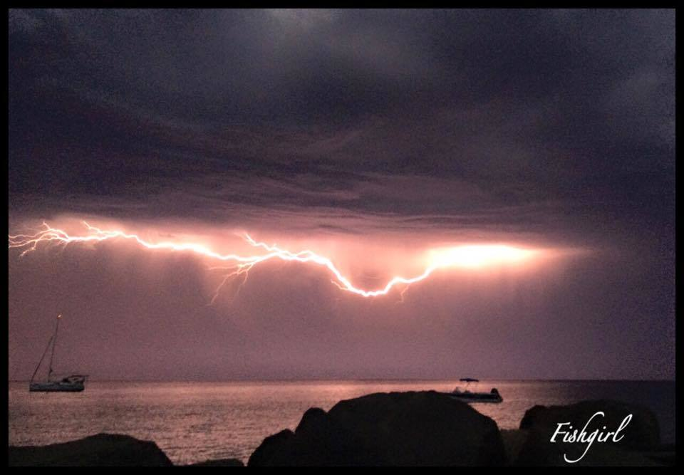 Wow had an awesome light show over Busselton Western Australia