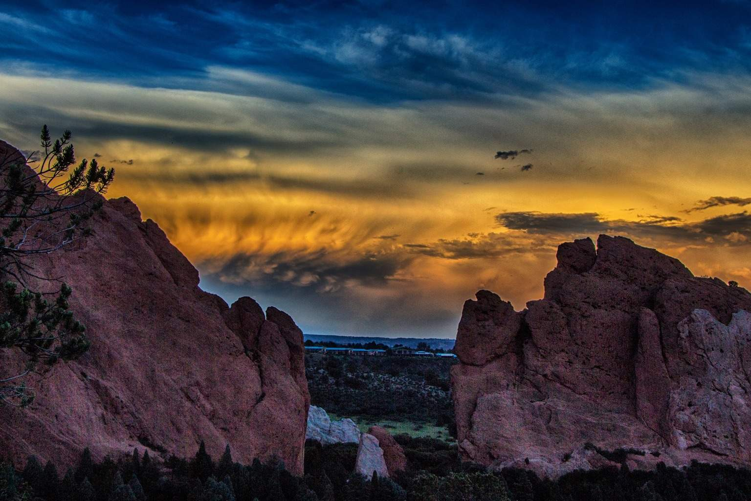Sunset at the Garden of the Gods. Colorado Springs, CO.