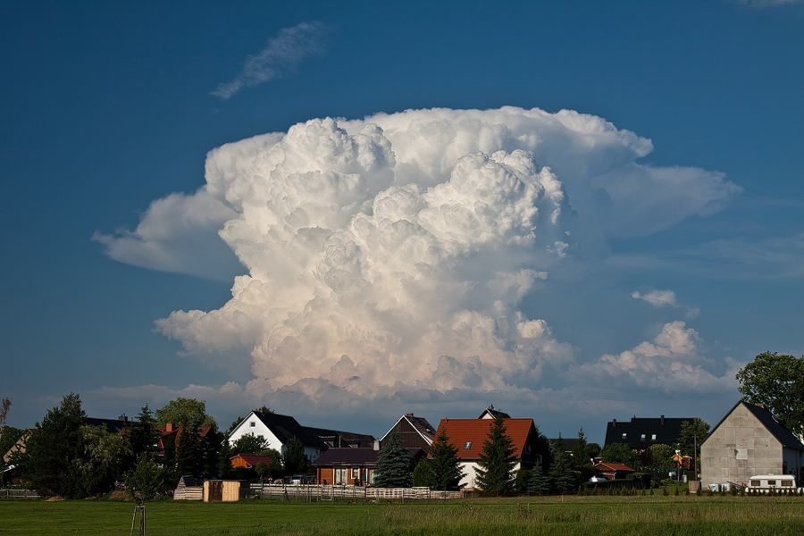 Her Majesty the Cumulonimbus (Eastern Thuringia/Germany) on June 18, 2012.