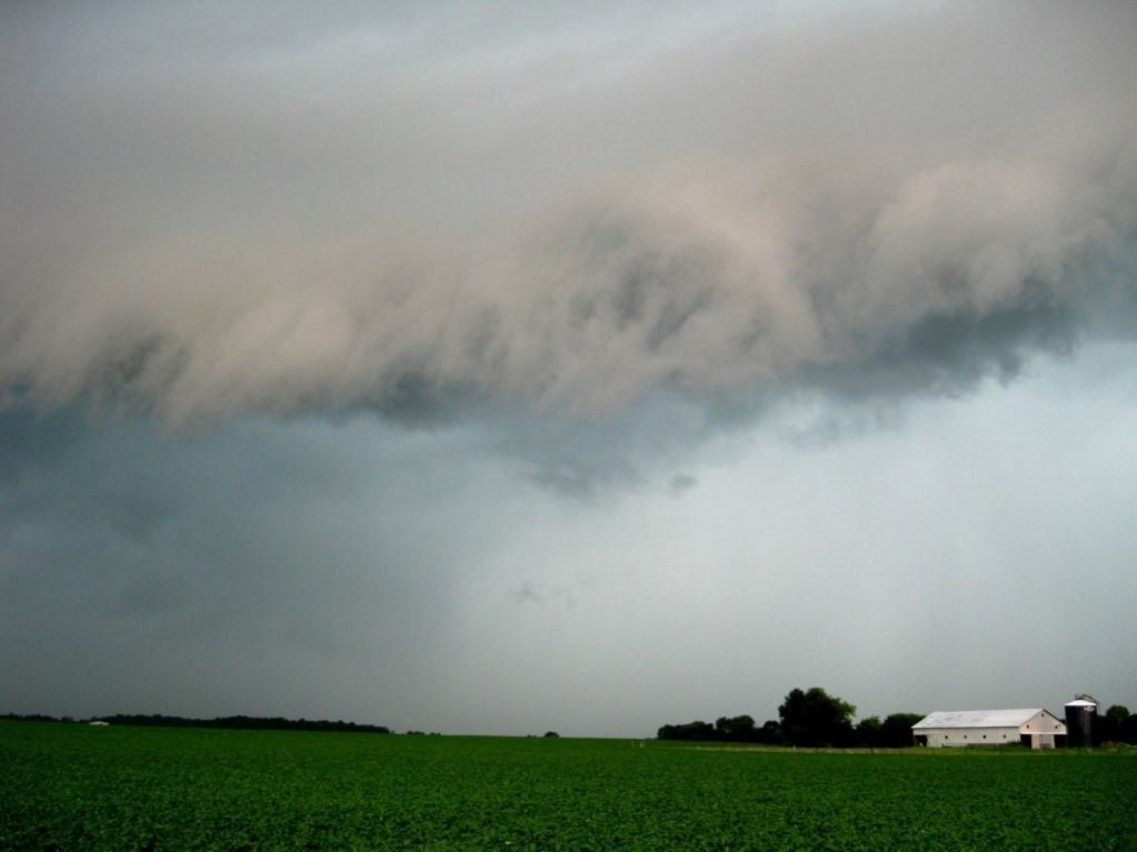 Severe storm near Crawfordsville, IN on what I thought would be a non-chase day.