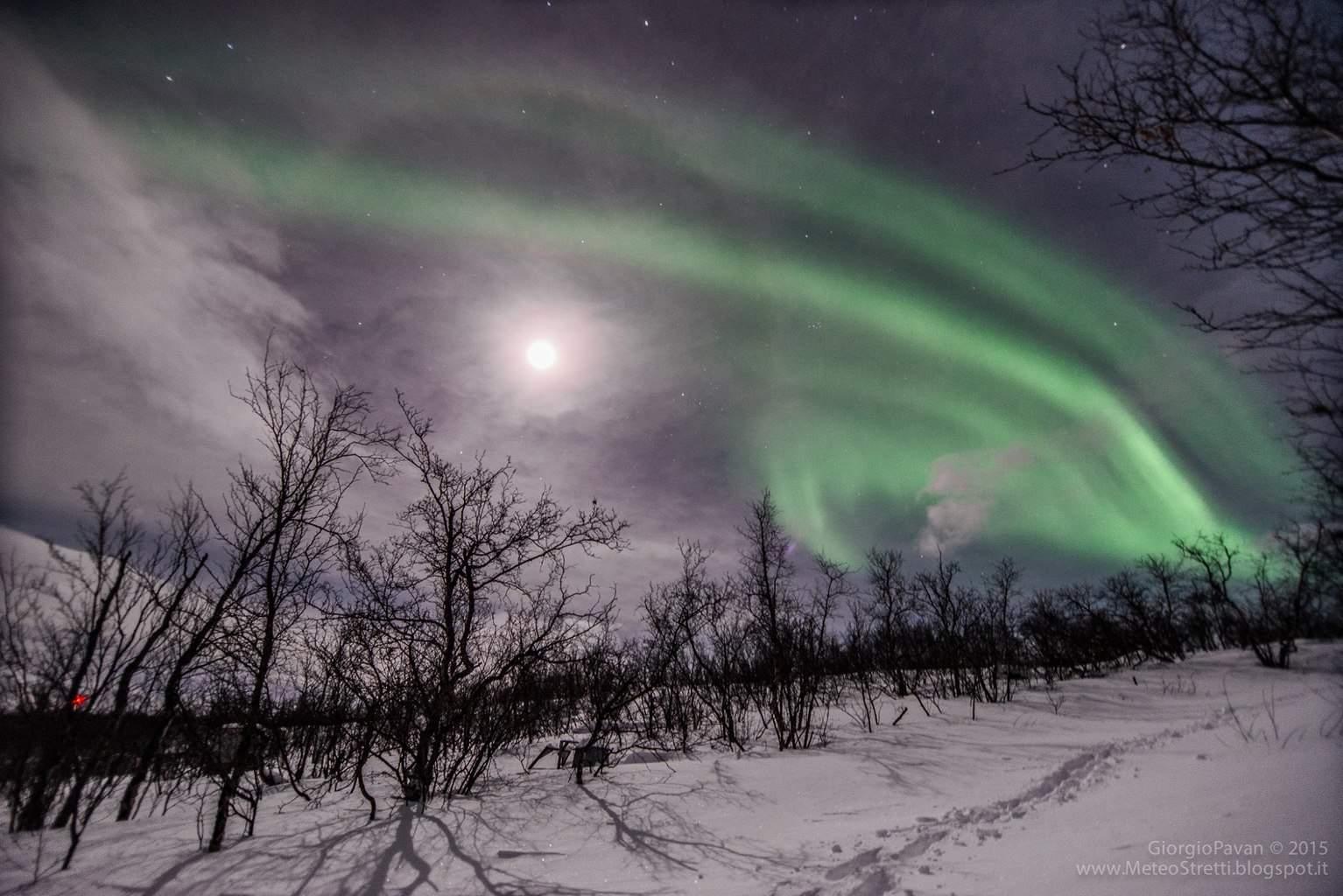 Great aurora display over Swedish Lapland on Jan 30, 2015.