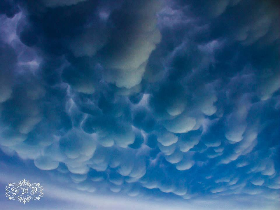 Mammatus Clouds from the Easter Sunday Storm in Eldorado, OK... Enjoy...