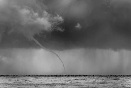 Tromba marina en la costa malagueña diciembre 2014 autor jose luis escudero