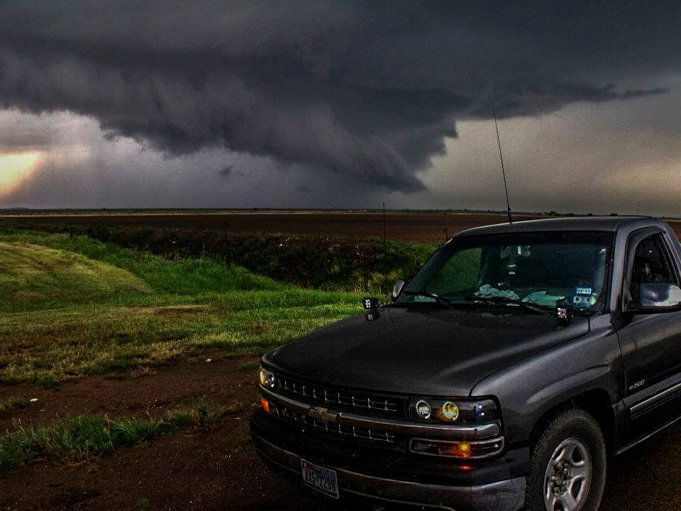 My apologies for being really late tonight... Family responsibilities... Hope to catch up for todays missed opportunities...  April 15, 2012... South of Blair, Oklahoma,,, Sirens started blowing soon after... Enjoy...