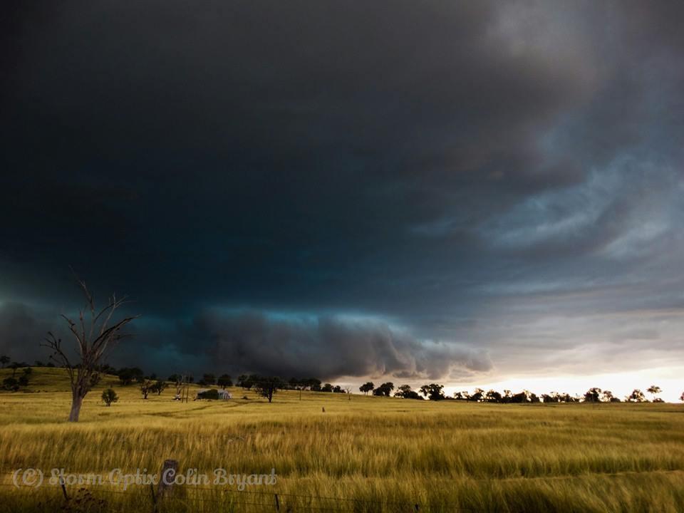 Got this beast of a supercell in Ashford northern n.s.w, Australia last Saturday
