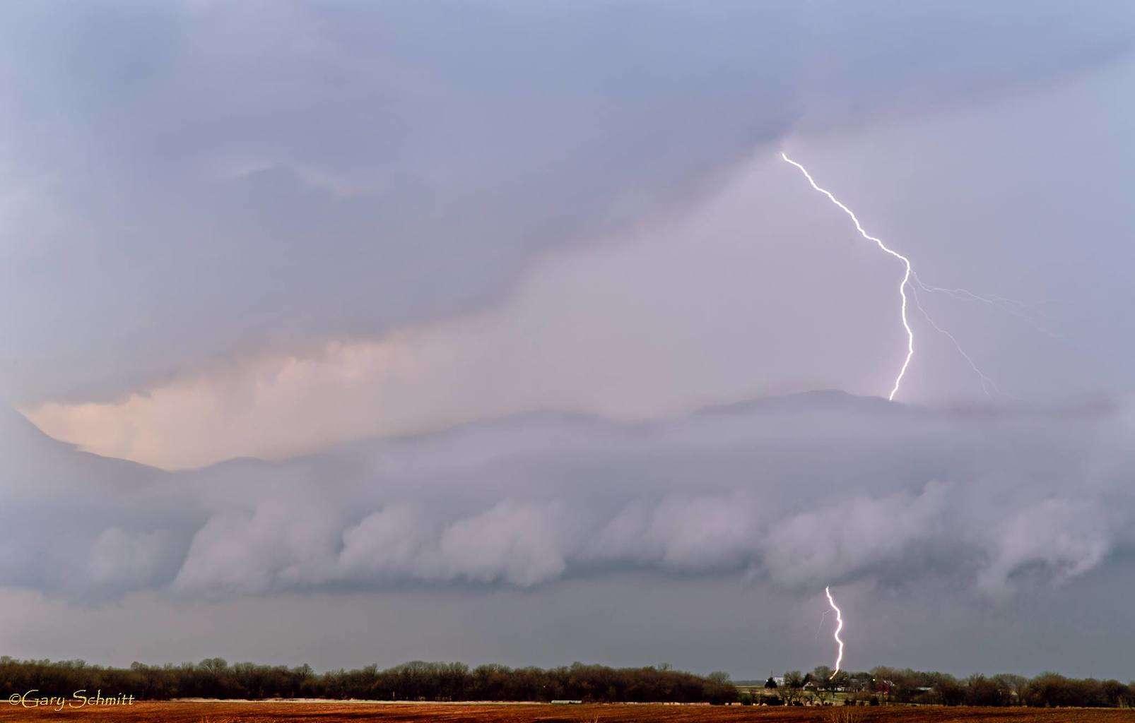 Lightning shot from Chanute Ks, last April.