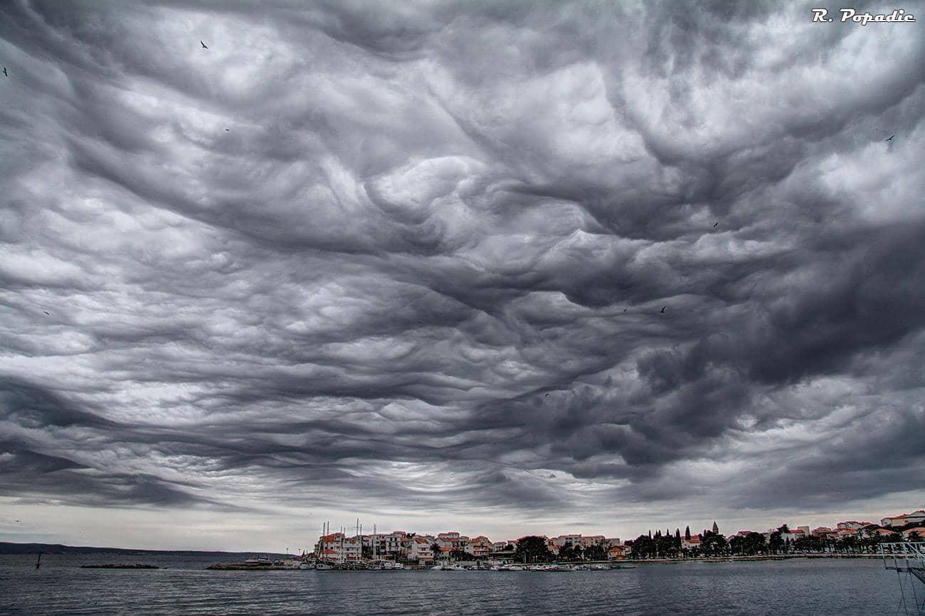 Magic undulatus asperatus cloud over Stobrec bay, Adriatic sea, Croatia, 4th of March 2015.