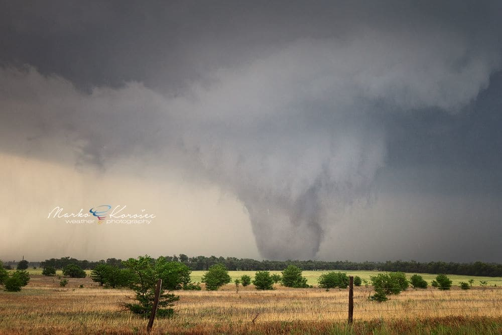 A powerful tornado near Canton lake, Oklahoma on May 24th, 2011.