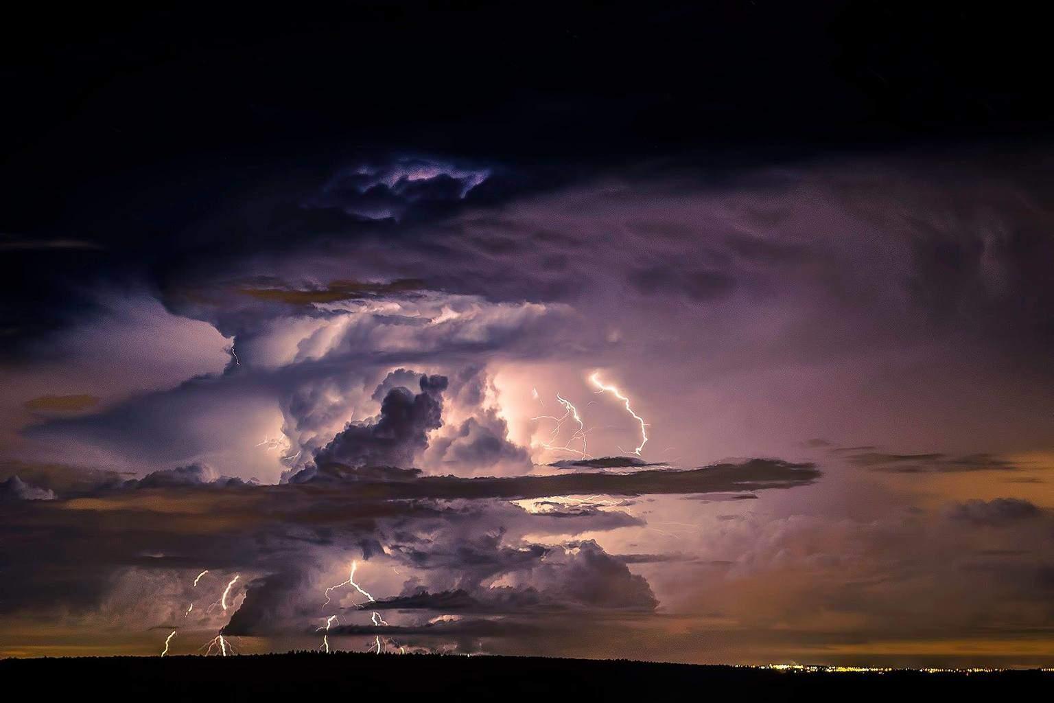 Lightning storm in Itapetininga.