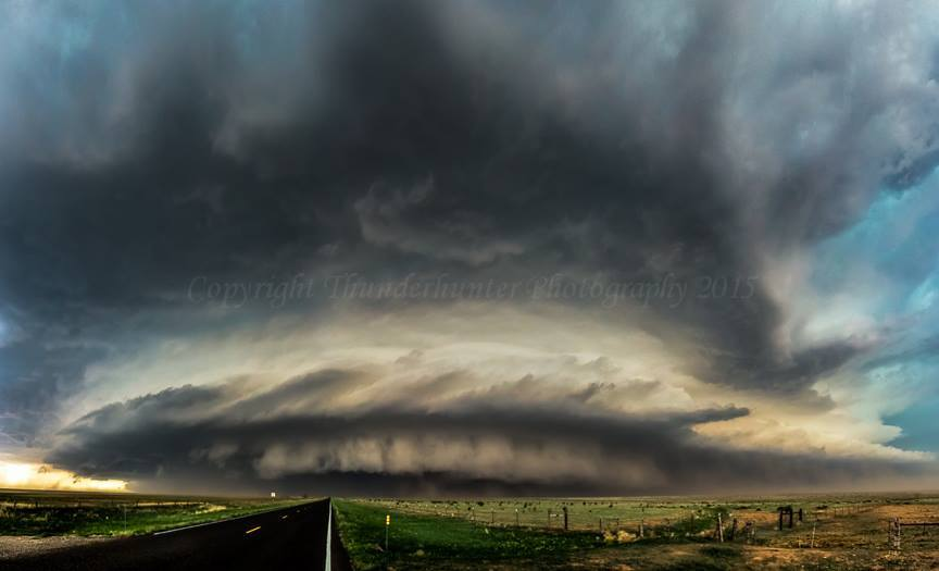 Texas turning it on again with a monster supercell that ended with Lubbock being smashed by a rear inflow jet - 5th June 2013