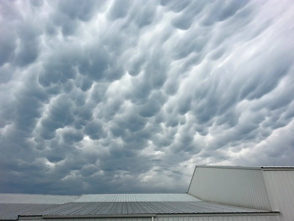 Yall seem to like mammatus pics so here ya go another shot from alpena arkansas sorry bout the building in the pic i was at work and trying to run back and forth to take pictures!