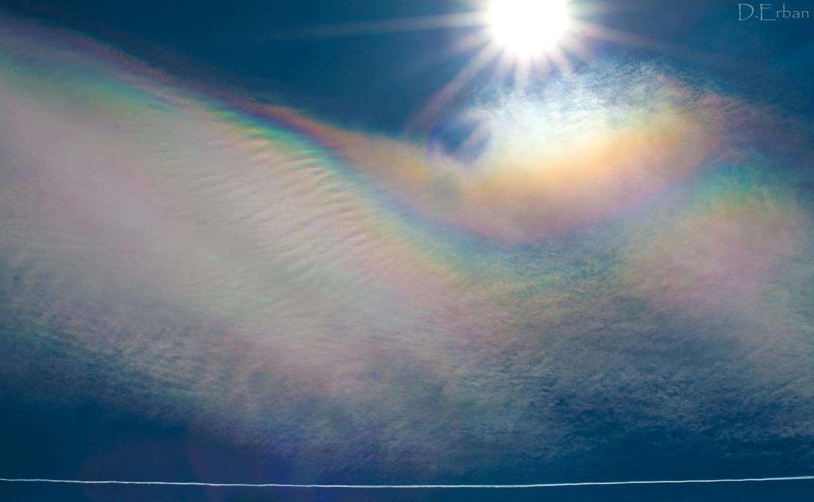 Cloud iridescence in Aš (CZE) 7.4.2015