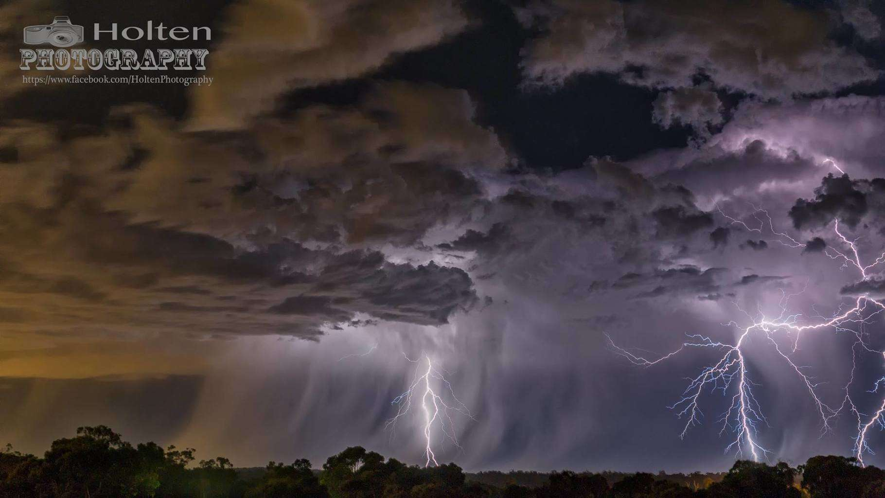 Sadly no lightning around these parts for a bit, so this is one from a couple of months back. We were treated to watching a lightning show develop right round us in every direction....  Taken Perth Western Australia 29th January 2015.