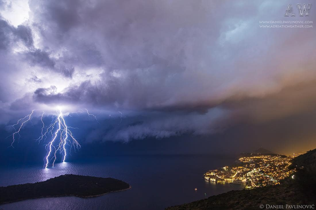 Squall line with severe thunderstorm, Dubrovnik, 23/24 Aug 2015.