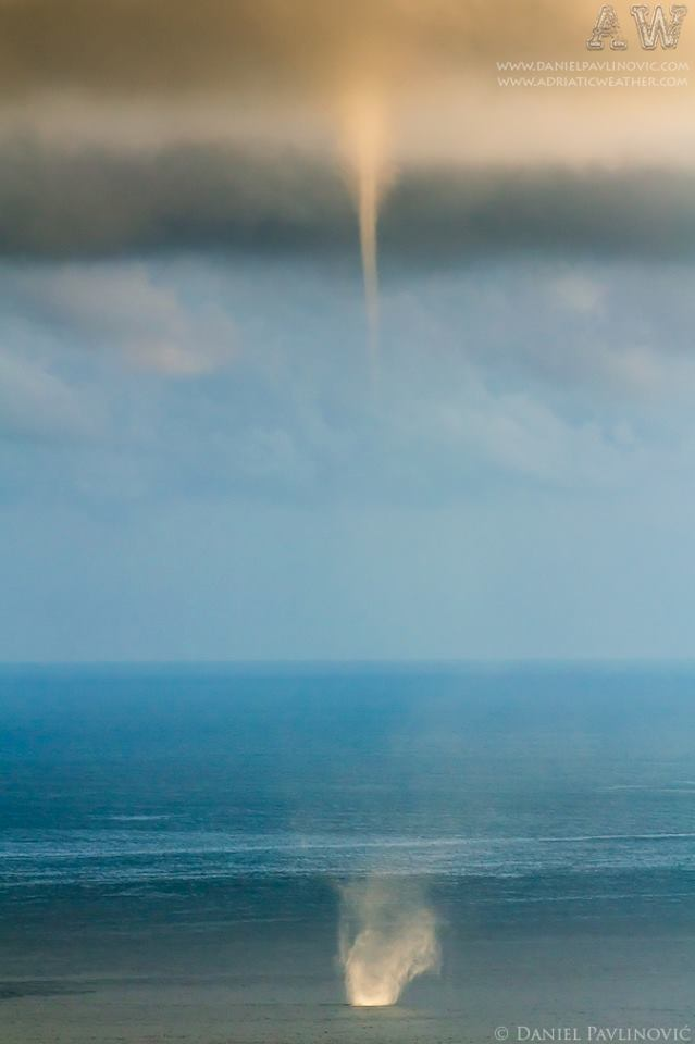 Waterspout in front of Dubrovnik, 13. Oct 2012.