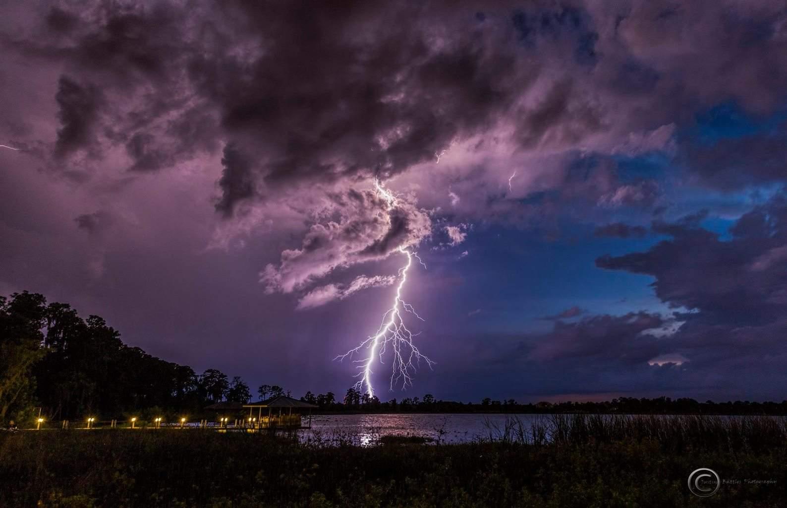 Lake Charlotte in Sebring Florida this evening