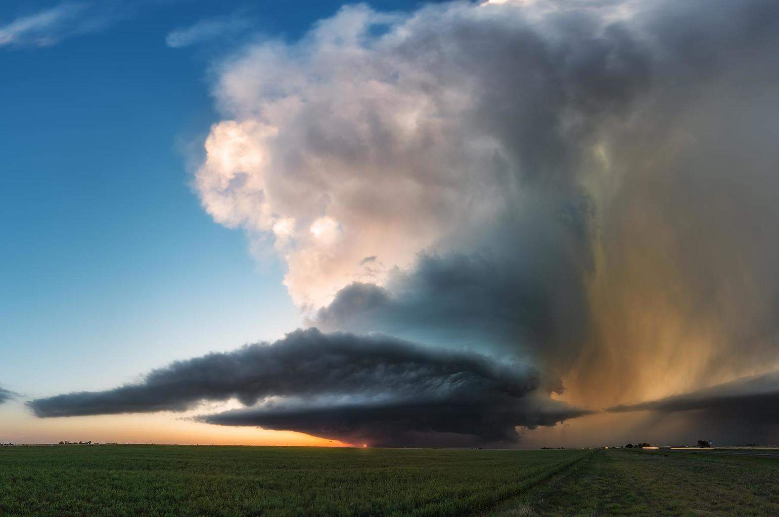 The reason I chase. Floydada, Texas tornadic supercell yesterday at sunset.