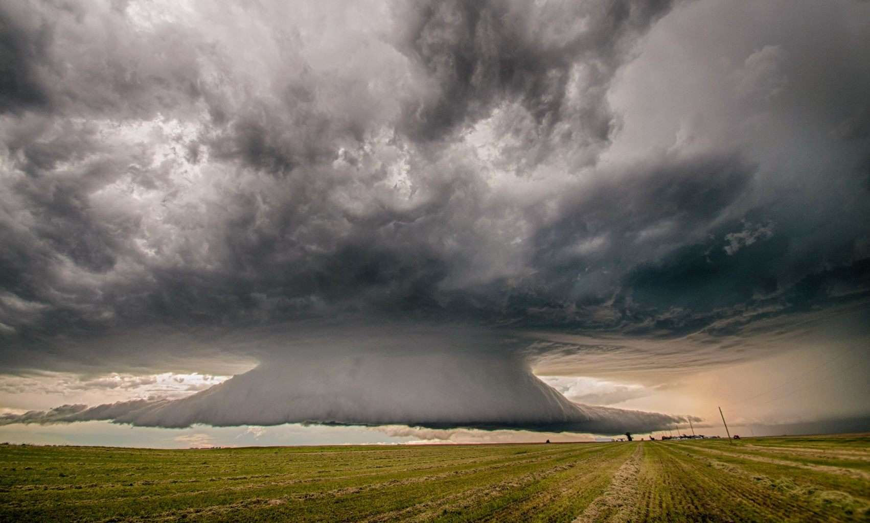 Another, slightly earlier shot of the incredible western NE supercell June 5, 2010