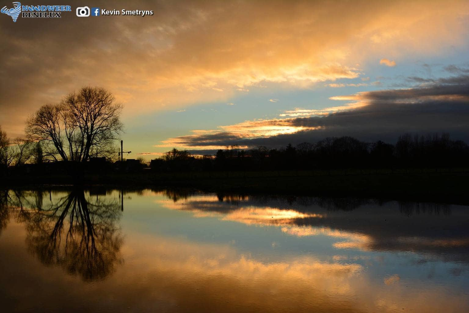 Sunset after a day of heavy rainfall! Gijzegem, Belgium, january 8th 2015.