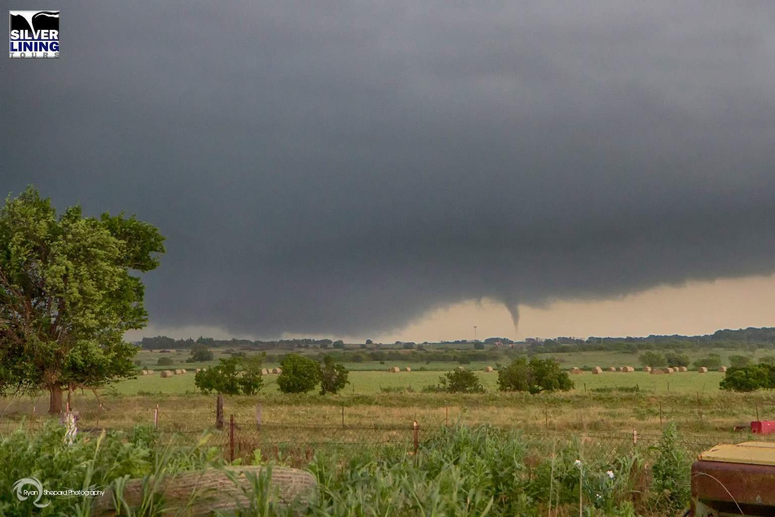 Tornado east of Terral, OK 5-19-15